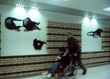 walk_wheelchair